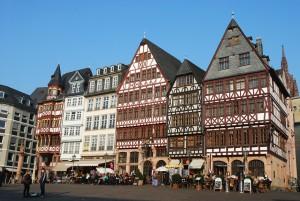 Altstadt Frankfurt - H4 Hotel Frankfurt Messe