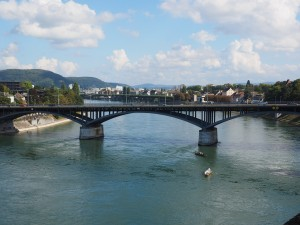 Rheinbrücke Basel - Ramada Basel