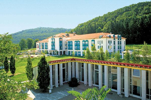 Außenansicht - Ramada Hotel Limes Therme Aalen