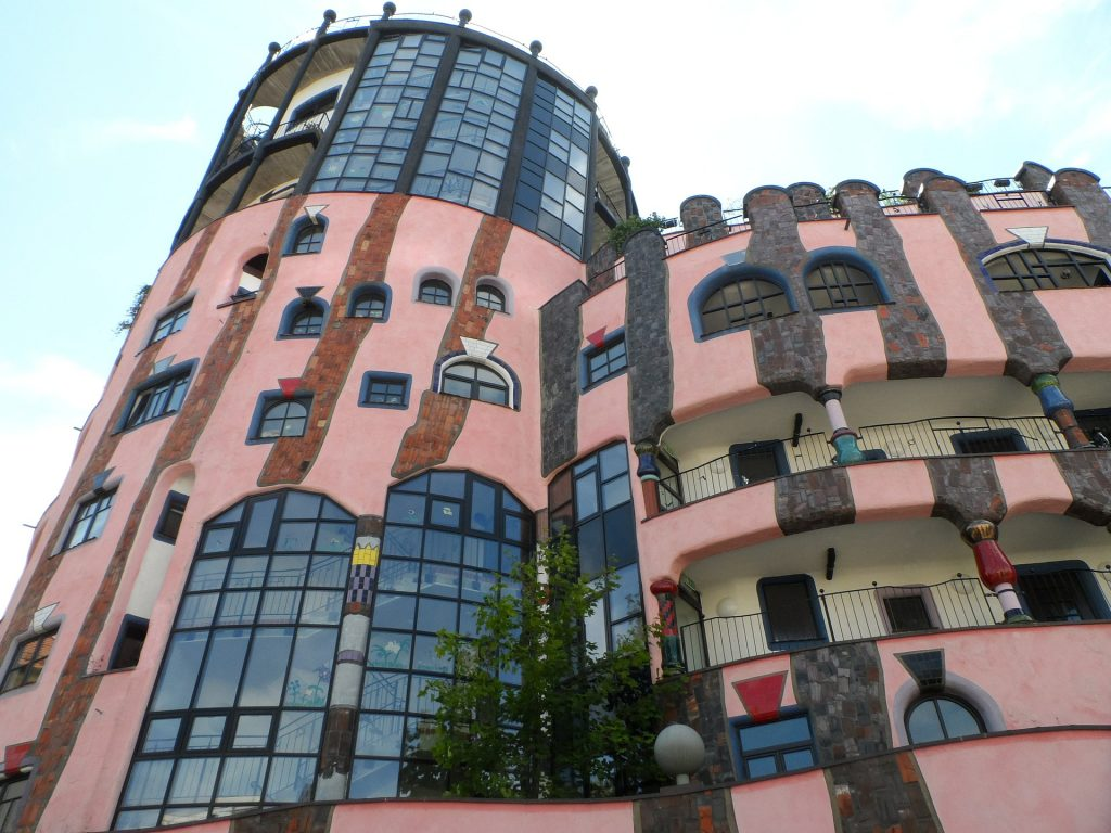 Hundertwasser Magdeburg - Ramada Hotel Magdeburg