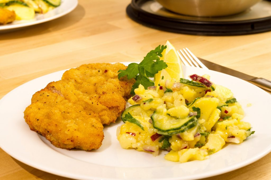 Wiener Schnitzel - Gaumenfreund @h-hotels.com